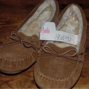 Gilligan & O'Malley Women's Chia Suede Slippers
